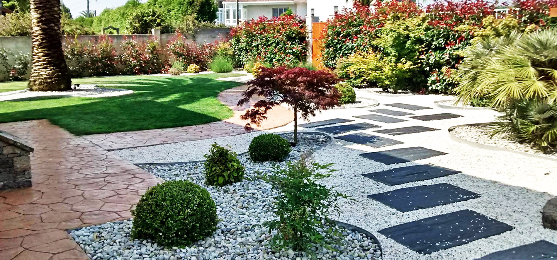 Pavimentos para jardines en A Coruña